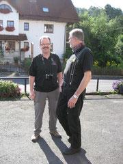 Holger hielt noch ein Pläuschen mit Tourguide Thomas