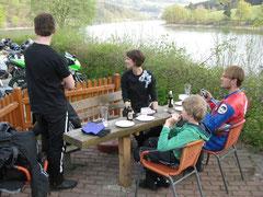 Am Diemelsee ist, wie immer, Motorradtreffen