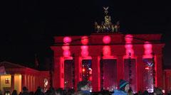 Brandenburger Tor Nacht in rotem Licht,  Lichtergrenze 25 Jahre Mauerfall. Foto: Helga Karl 9.11.20144