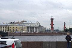 Les colonnes Rostral.