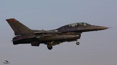 USAF 91-0472 SP F-16D 480 FS