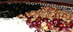 Nüsse und Kräuter aus Simbabwe