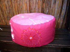 """Meditationskissen """"Sandra"""" Handbemalt/ Einzelstück -Verkauft /Farblich abweichend auf Anfrage/ Leinen Baumwolle - / pink-rosa /Größe  2 / 108,- €"""