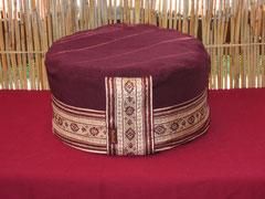 Meditationskissen Luna- mit original indischer Sariborte 74 € Einzelstücke