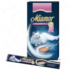 Miamor Cat Confect Malt-Cream ist ein Ergänzungsfuttermittel für Katzen zur Reduktion der Haarballenbildung. Wertvolle Ballaststoffe und verdauungsfördernde Malzextrakte begünstigen einen natürlichen Abgang von abgeschluckten Haaren. Die Haarballen-Spezia