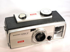 Kodak Brownie Super 27 (1961-1965)