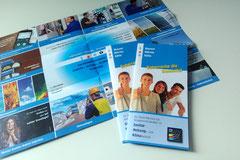 2 in 1. Plakat und Flyer. Kreuzbruch-Zicksack-Falz-Flyer für SHK