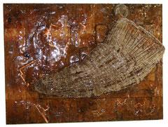 Agujero de gusano / 58.5  x  79  x 32 cms /  Ensamble técnica mixta: resina plástica, madera  y metal