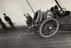 Jacques-Henri Lartigue, Course de voitures, Papa à 80 km/h, 1913.