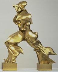 Sculpture futuriste d'Umberto Boccioni, Formes uniques de continuité dans l'espace, tirage en bronze du plâtre original,111.2 x 88.5 x 40 cm; 1913.
