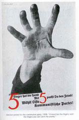 """Affiche communiste de 1928 : """"une main a 5 doigts, vous pouvez battre l'ennemi, alors votez le 5 pour le Parti Communiste !"""