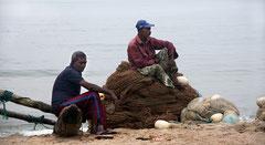 Fischer am Strand, Galle