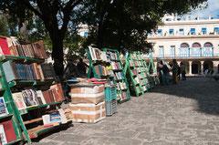 Antiquitäten, Büchermarkt, Havanna, Kuba, La Villa de San Cristóbal de La Habana, Plaza de Armas