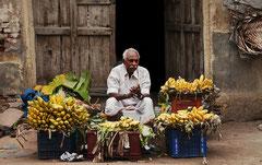 Indien, India, Madurai, Bananenverkäufer
