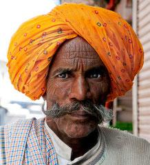 Mann mit Turban, Bundi, Indien, India, Rajasthan