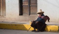Am Wegesrand, Peruanerin, Cajamarca
