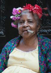 Dame mit Zigarre, Havanna