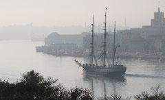 Segelschiff, Hafeneinfahrt Havanna. Kuba