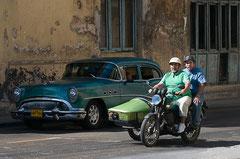 Strassenverkehr in Havanna, Kuba
