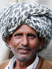 Rajasthan, Mann mit Turban, Udaipur, Indien, India