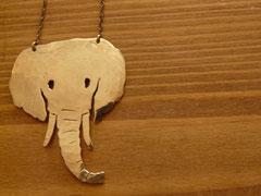 アフリカゾウ ネックレス ¥4800