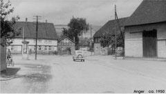 Anger um 1950 mit der Litfas-Säule