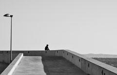 Promenade with boy, waiting, Katalonien