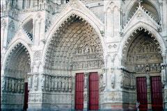Kathedrale von Amiens, Westportale tagsüber