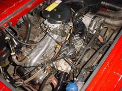 Hier ein 78 PS Vergasermotor (Motorkennbuchstabe DG) mit neuem Wasserkreislauf (ab 86) Achtet auf runden Leerlauf und gleichmäßige Beschleunigung
