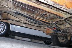 Bis 1985 waren die Kühlwasserrohre noch aus Stahl gefertigt. Hier kommt es meist zu Durchrostungen und somit Wasserverlust. Zu Lebzeiten des T3 wurden die meisten T3 aber schon auf Kunststoffrohre umgebaut, somit ist dieses Bild ein seltener Anblick.