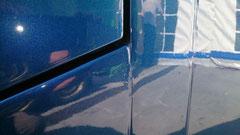 """Größte Vorsicht bei neulackierten Bussen. NIEMAND läßt einen Bus wegen """"ein paar Schrammen"""" neu lackieren. Kurze Zeit später sieht es dann wieder so aus!!"""