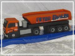 Marzipan-LKW mit Auflieger