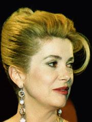 Catherine Deneuve - Festival de Cannes 1995 © Anik COUBLE