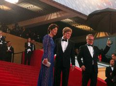 Robert Redford, son épouse et Thierry Fremaux - Festival de Cannes 2013 © Anik COUBLE