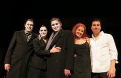 Michael J. Schwendinger (Dottore Grenvil) , Judit Scherrer (Annina) , Ilya Silchukov (Germont) , Tatiana Larina (Violetta) , Jesus Leon (Alfredo)