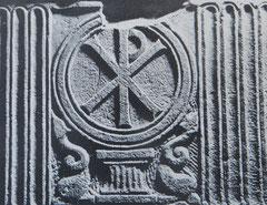 Monogramme du Christ (G.Moracchini-Mazel, Les monuments paléochrétiens de la Corse