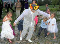 Kinderbelustigung auf Hochzeit