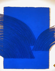René Galassi Calicots et pigments-papier Moulin de Larroque en bas relief-pigments bleus -130X100cm-Galerie Gabel-Biot-côte d'Azur-Art gallery south of France-Nice-Cannes-Monaco
