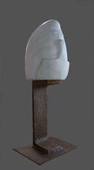 Thierry Pelletier- sculpture en marbre de Carrare- Hommage à Baselitz