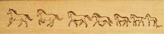 Pferde - 1. Werk mit Brandmalerei auf Holz ca. 20 x 7 cm(2011)