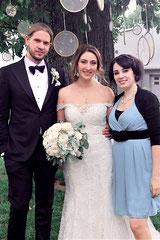 Hochzeitssängerin Juli mit Brautpaar Katharina und Thomas