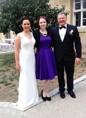 Hochzeitssängerin Juli mit Brautpaar Kerstin und Frank