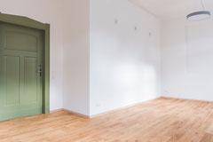 Um den typischen Charme zu erhalten, wurden auch die alten Türen restauriert.