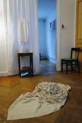 Vue de l'exposition, les maisons folles #6