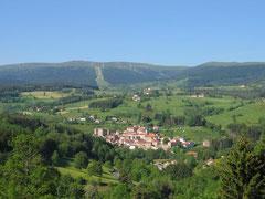 Le village et la piste des granges
