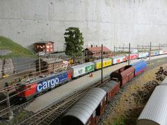 Süssgetränke-Zug (2998)