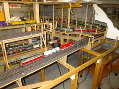 Güterzug mit Schiebelok (1089)