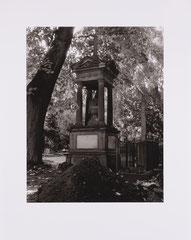 Melaten graveyard. Cologne, Germany - 2009 (Print on RC-paper, 24 x 30,5 cm)