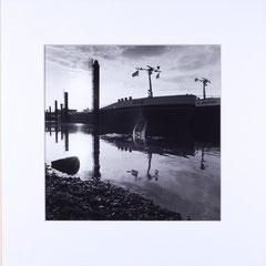 Riva. Port of Mülheim, Cologne, Germany - 2014 (Silvergelatineprint in Passepartout 30 x 30 cm, Edition of 10)