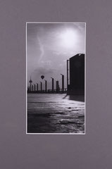 Asphalt and balloon. Cologne, Germany - 2012 (Silvergelatineprint in Passepartout 24 x 30 cm)